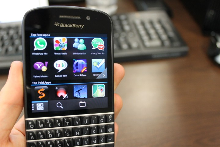whatsapp free  for blackberry q10