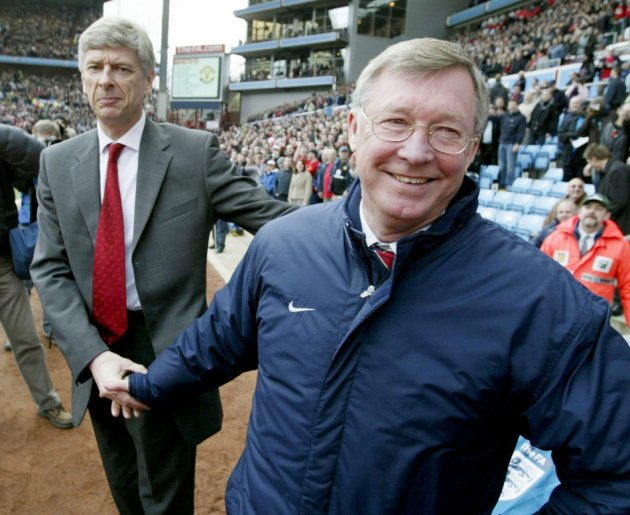 Arsene Wenger (L) and Sir Alex Ferguson