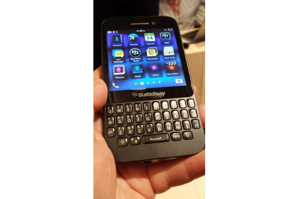 BlackBerry Q5 First Impressions