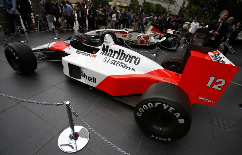 1988 McLaren-Honda MP4/4 Formula 1 Car