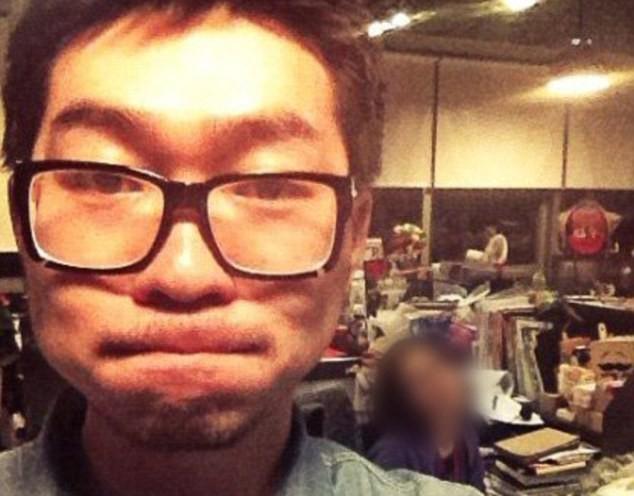 Li Yuan in the office where he died