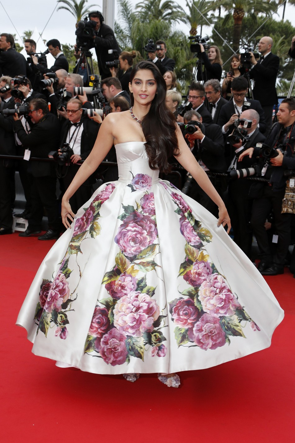 Actress Sonam Kapoor poses on the red carpet as she arrives for the screening of the film Jeune  Jolie Young  Beautiful in competition during the 66th Cannes Film Festival in Cannes May 16, 2013.