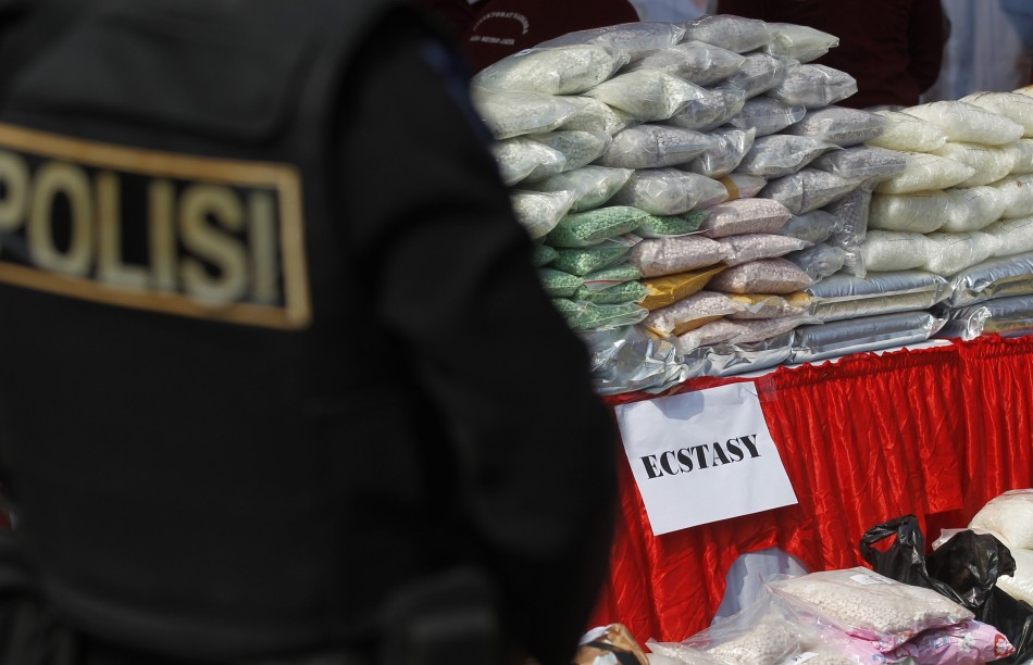 illegal drug trade in china The simple fact is that the wave of illegal drugs coming into the united states from china and mexico is the leading public health issue facing the nation we are watching a generation of american.