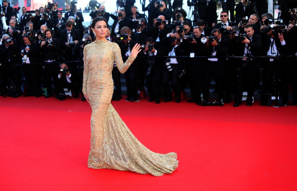 Eva Longoria poses on the red carpet as she arrives for the screening of the film 'Le Passe' (The Past) in competition during the 66th Cannes Film Festival in Cannes May 17, 2013.