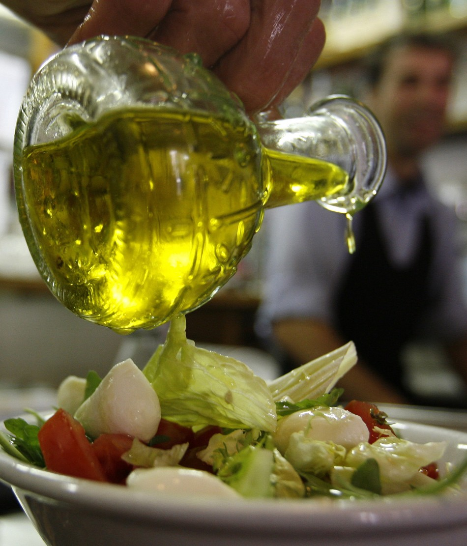 The EU has banned olive oil from being served in traditional glass jugs in restaurants.