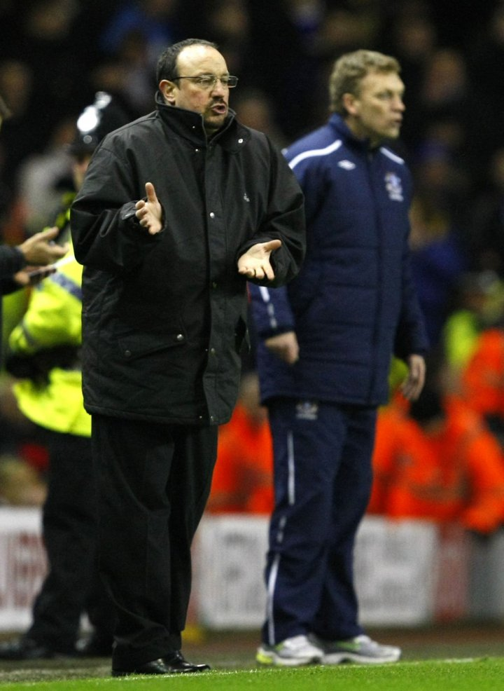 Rafa Benitez (L) and David Moyes