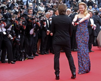 Jury member actress Nicole Kidman R and her husband Keith Urban pose on the red carpet as they arrive for the screening of the film Inside Llewyn Davis in competition during the 66th Cannes Film Festival in Cannes May 19, 2013.