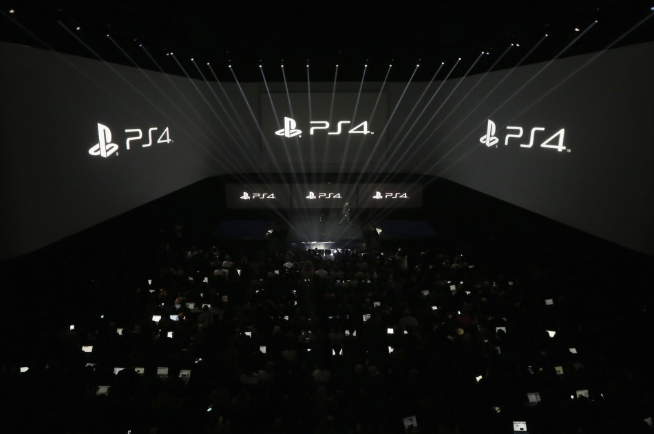 Sony provides first glimpse at PS4