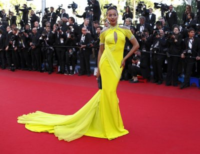 Model Selita Ebanks poses on the red carpet as she arrives for the screening of the film Blood Ties during the 66th Cannes Film Festival in Cannes May 20, 2013.