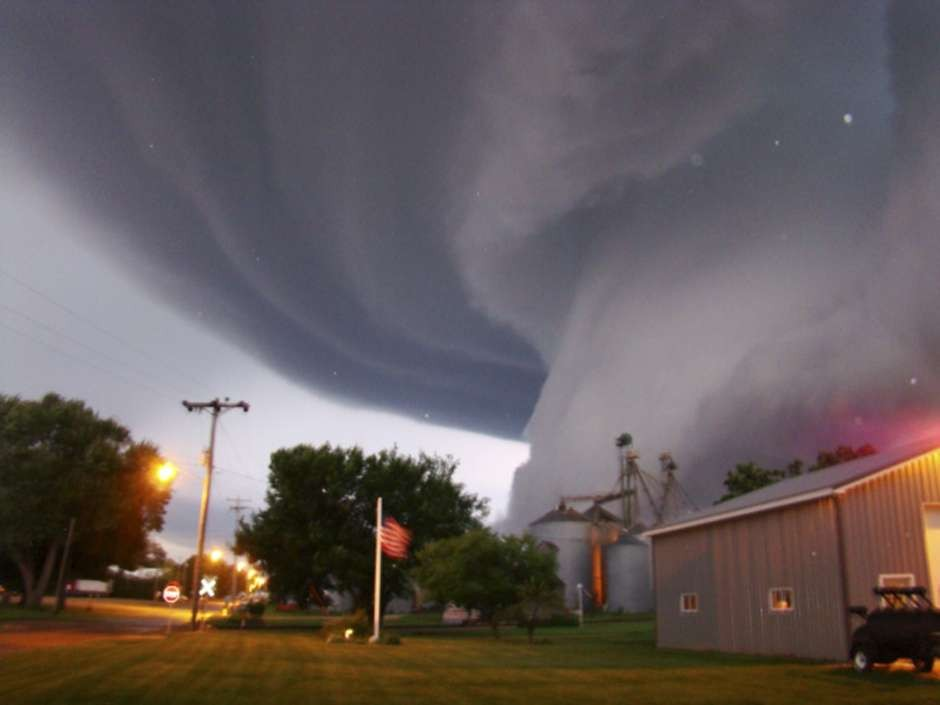 40-Minute Tornado That Swooped Down Oklahoma Leaves 51 Dead, Worst Global Tornadoes with 300 Plus Deaths