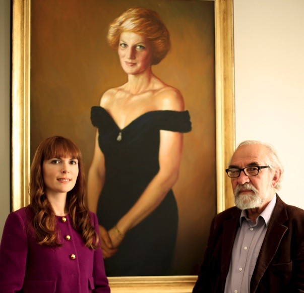 Elena Shchukina and Israel Zohar in front of his new portrait of Princess Diana (Photo: IBTimes UK)