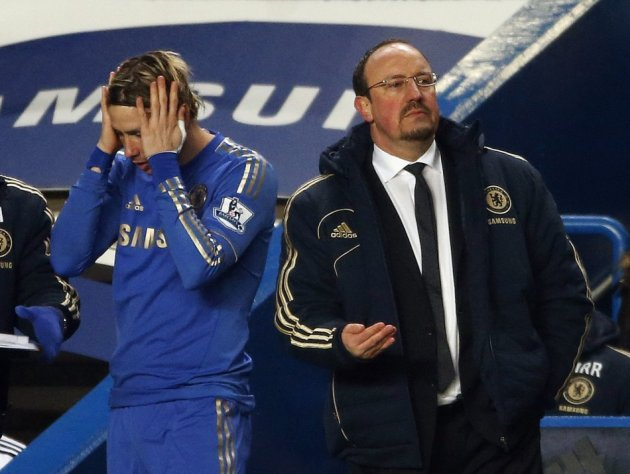 Rafael Benitez (R) and Fernando Torres