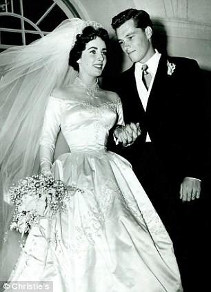 Elizabeth Taylors Wedding Dress up for auction