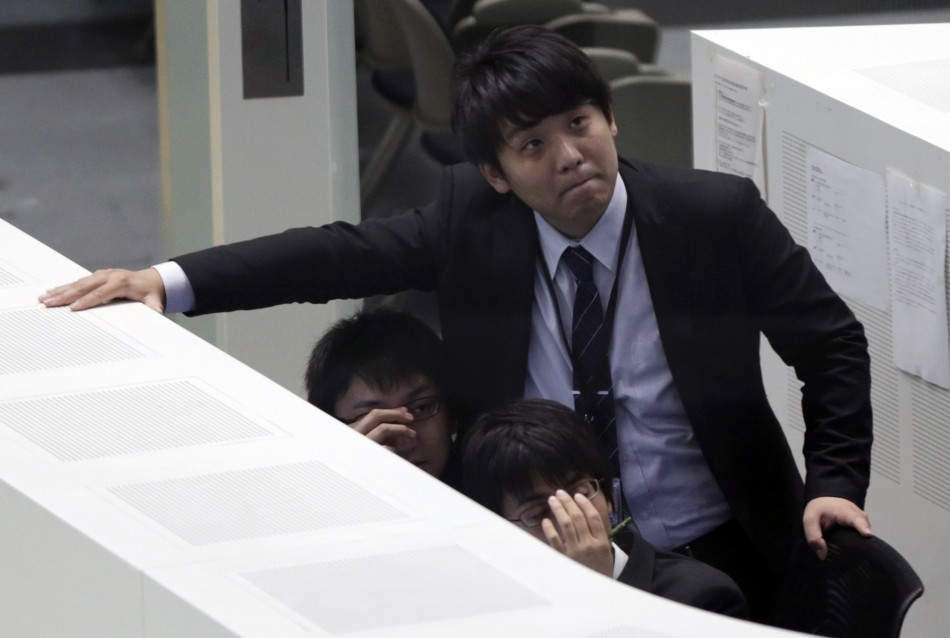 Nikkei plunges in early trade