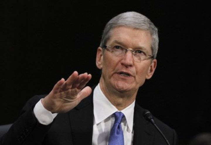 Tim Cook Talks Apple Tv, Wearable Tech and Jony Ive's iOS