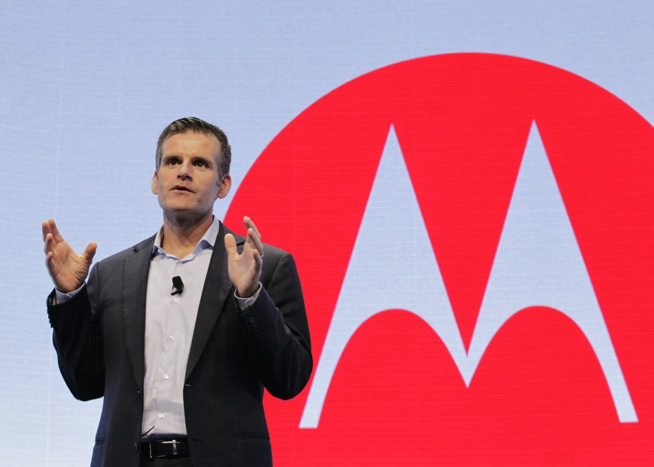 Motorola Looks to Challenge Apple and Samsung with Moto X ...
