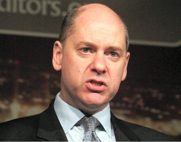 HSBC hires ex-head of Britain's MI5 intelligence Agency Jonathan Evans (Photo: Reuters)