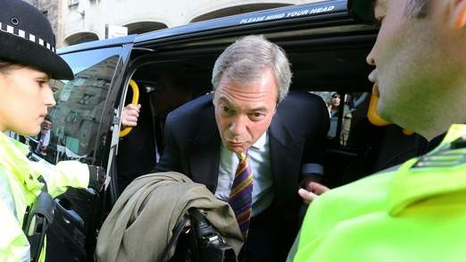 Farage in taxi - were rumour began, according to Ukip source