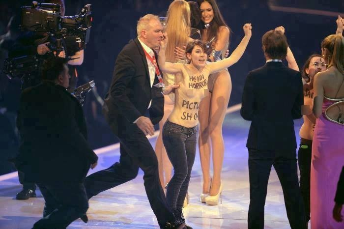 Topless women crash on Germany's Next Top Model finale