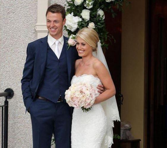 Manchester United footballer Jonny Evans marries presenter Helen McConnell