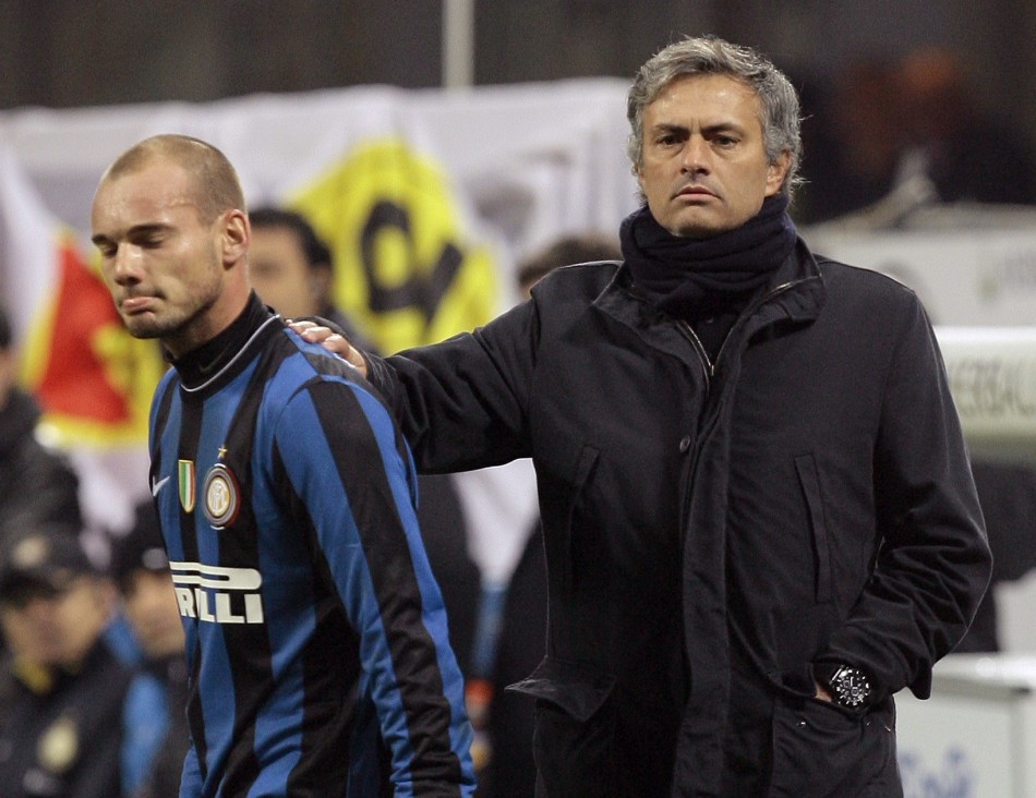 Sneijder could reunite with Mourinho at Chelsea