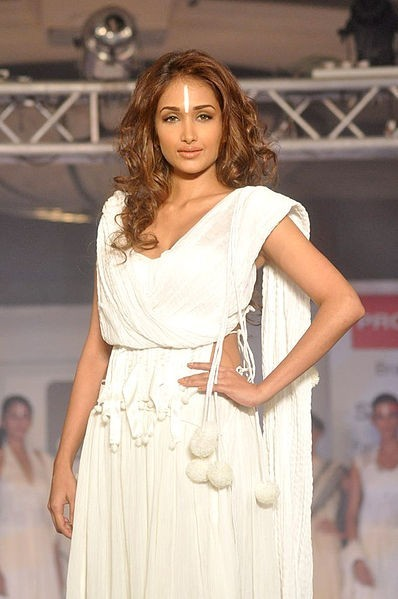 Jiah Khan (Credit: Wikipedia/Bollywood Hungama)