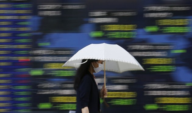 Asian equities hit a new 2013 low
