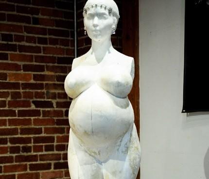 Kim Kardashian statue