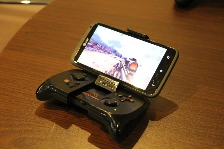 MOGA Pocket review