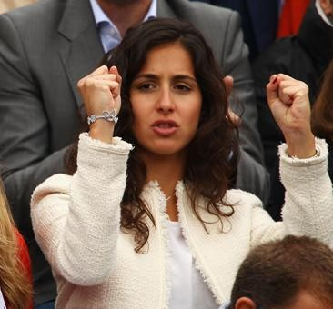 Maria Francisca Perello cheers on Nadal to victory