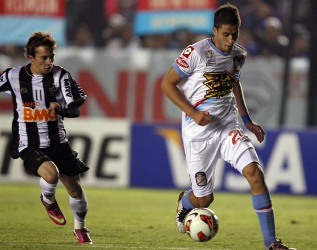 Bernard Caldeira (L)