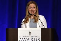 Chelsea Clinton introduces Bill Clinton as \'Father of the Year\'.