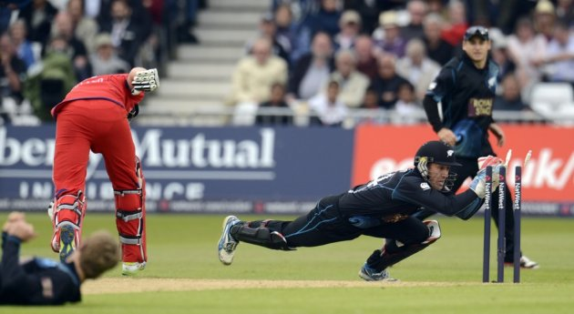Kiwis wicketkeeper and former Aussies star Luke Ronchi will face his former team-mates