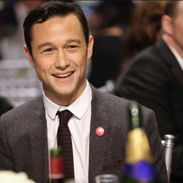 Edward snowden movie joseph gordon levitt set to donate for Joseph e joseph italia