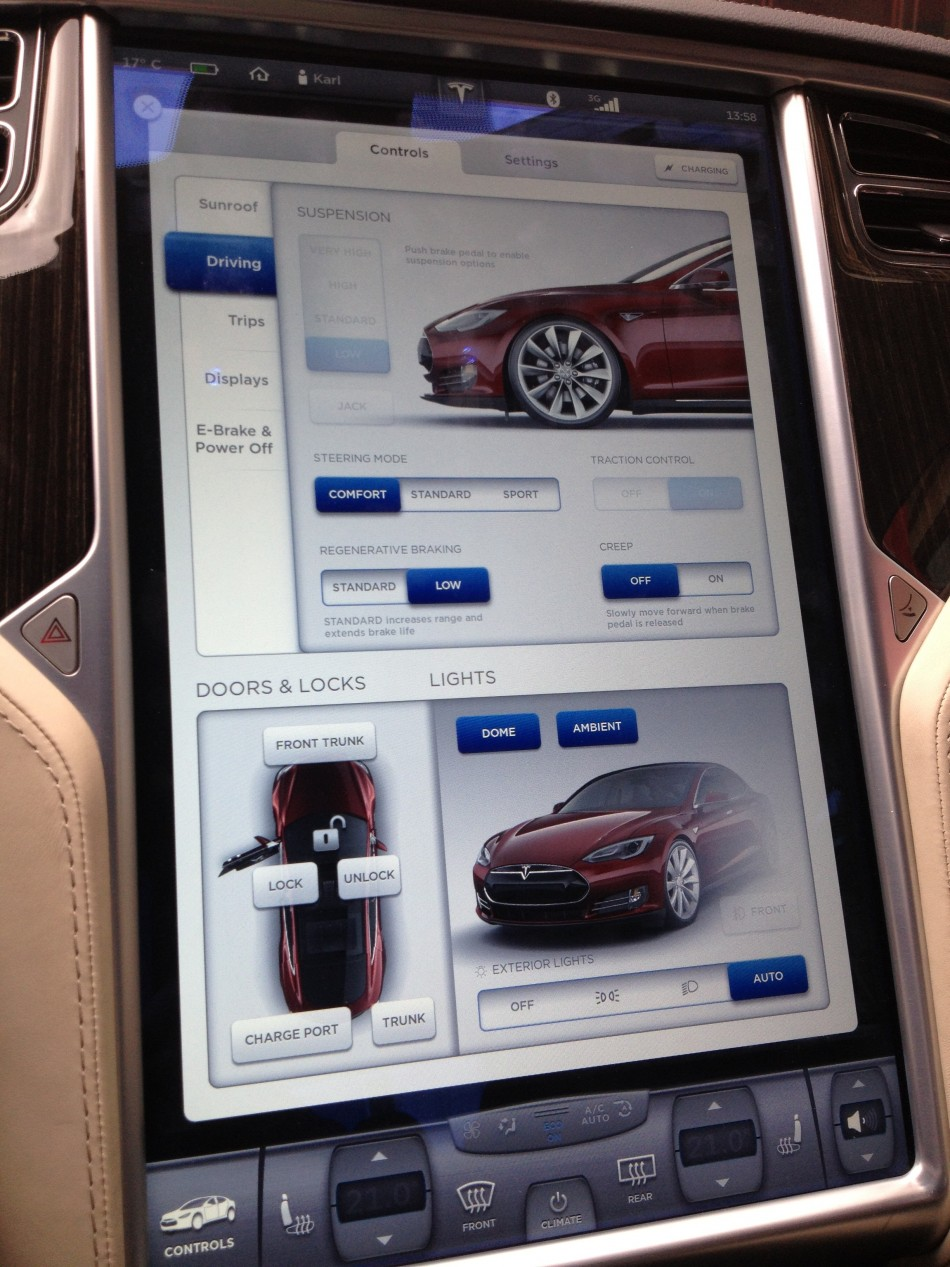 Tesla Model S: First Impressions of In-Car Computer SystemTesla Model S: First Impressions of In-Car Computer System - 웹