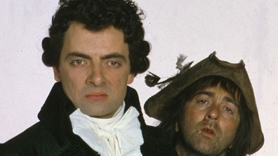 Rowan Atkinson (L) as Blackadder, and Tony Robinson (R), as Baldrick.