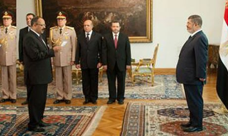 Morsi appoints governors
