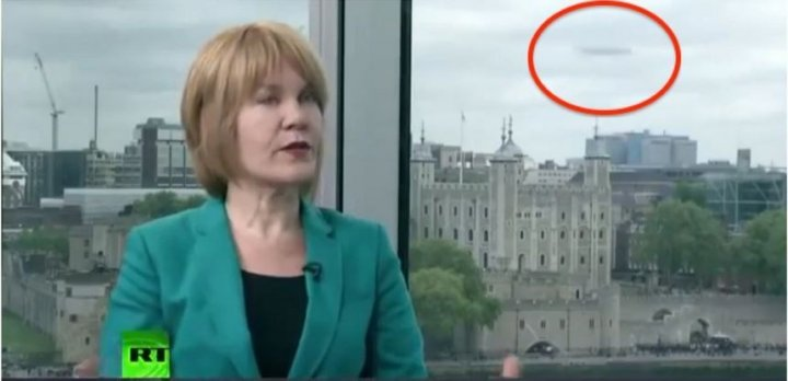 UFO Spotted in London During Russia Today News Recording