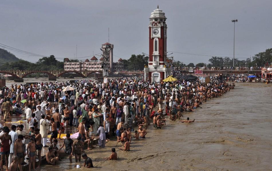 Hindu devotees Monsoon