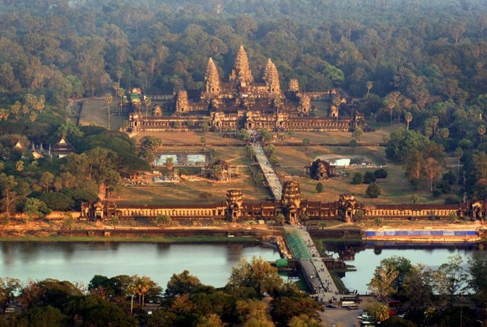 Cambodia: Massive temple complexes and cities from Khmer Empire ...