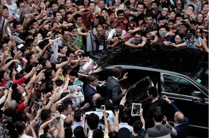 David Beckham visits Tonji stadium