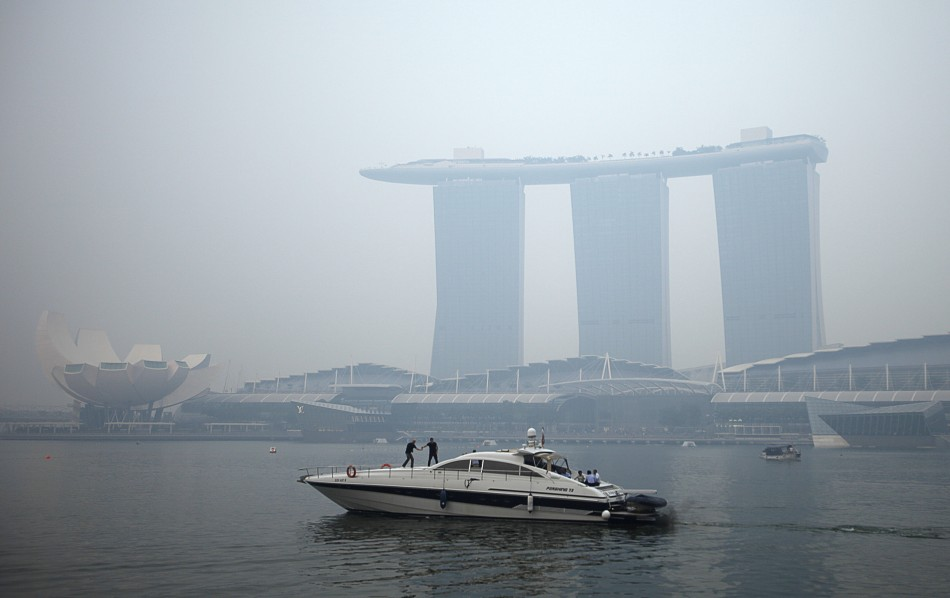 Marina Bay Sands pollution