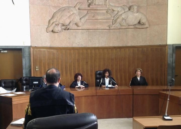 Female panel Berlusconi