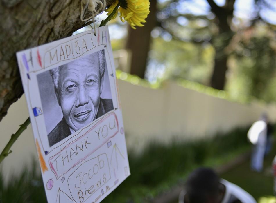 Messages of hope for Nelson Mandela