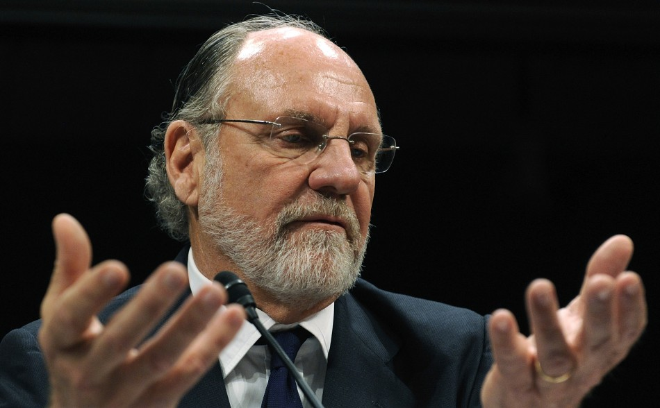 Jon Corzine in front of US government hearings in 2011 (Photo: Reuters)