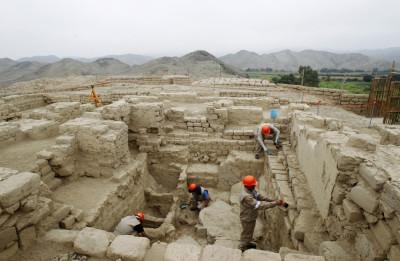 Peru tomb
