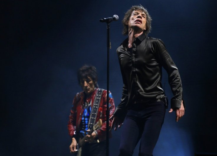 Ronnie Woods and Mick Jagger of the Rolling Stones perform on the Pyramid Stage at Glastonbury music festival at Worthy Farm in Somerset, June 29, 2013.
