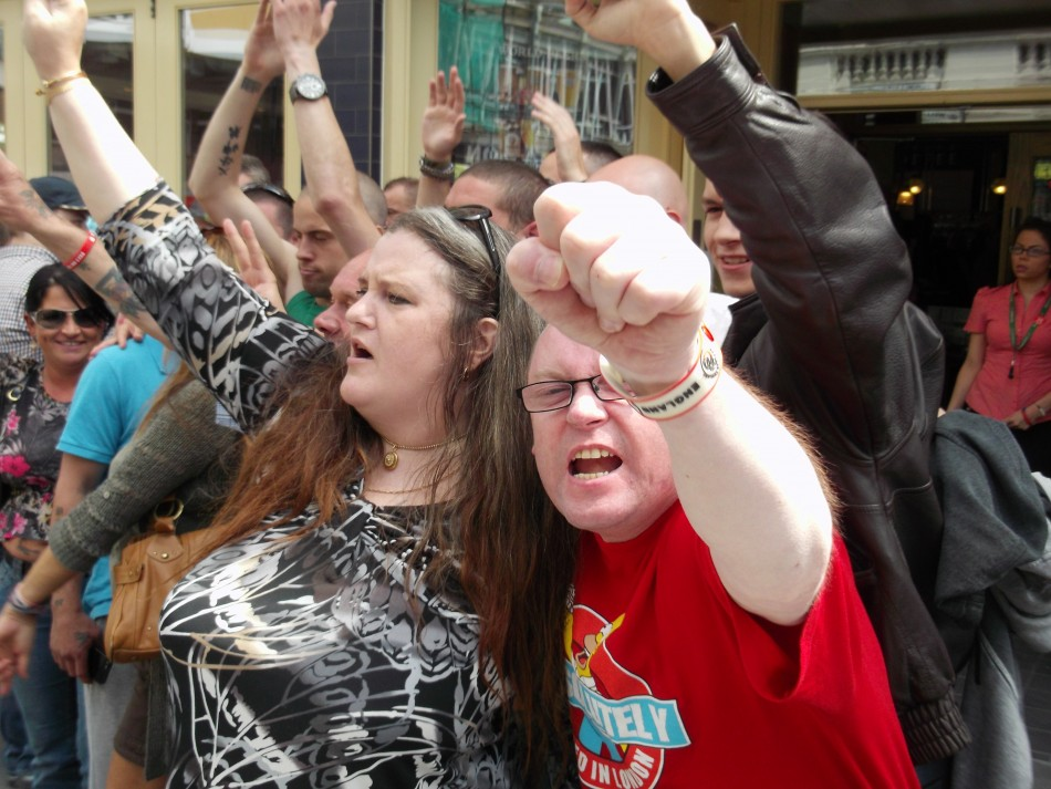 Woolwich EDL mob
