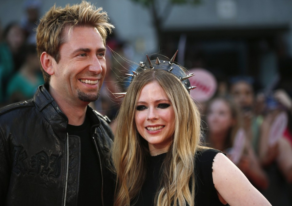 Avril Lavigne Ties Knot with Nickelback Frontman Chad