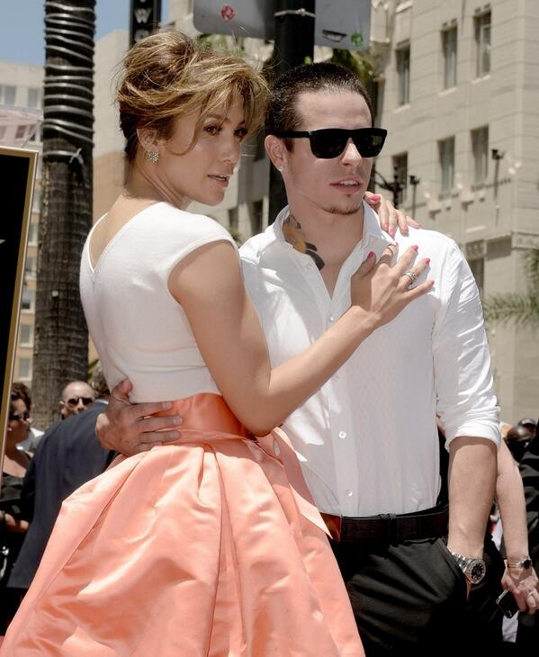 Jennifer Lopez and Casper Smart.